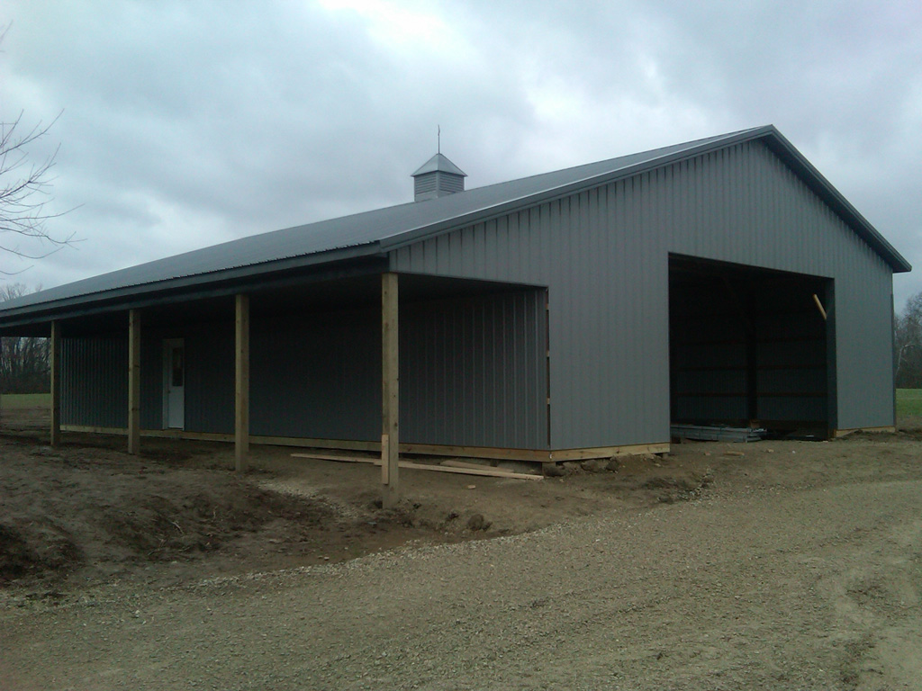 Pole barns lima ohio stahl mowery construction for Shop with loft